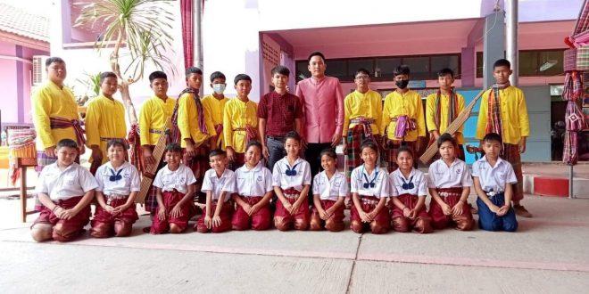 การแสดงในการรับการประเมินโรงเรียนพระราชทานระดับประถมขนาดกลาง ณ โรงเรียนอนุบาลเขาสวนกวาง